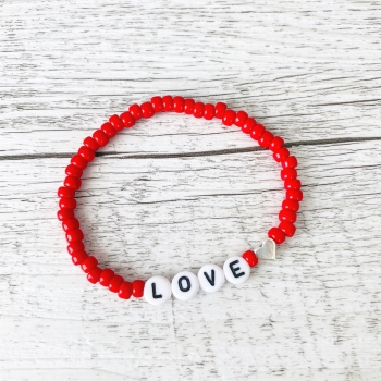 "Buchstabenarmband ""Red Love"""